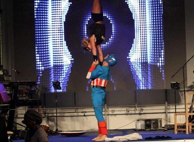 «SuperHero» pour fête juive en 2015